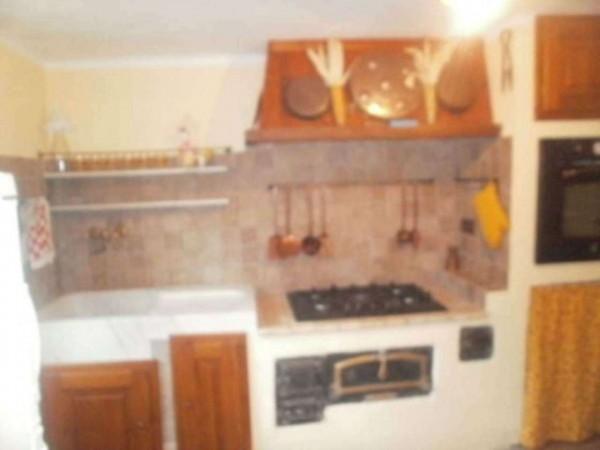 Appartamento in vendita a Lumarzo, Pannesi, Arredato, con giardino, 55 mq