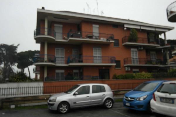 Appartamento in vendita a Roma, Torre Gaia, 127 mq