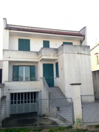 Casa indipendente in vendita a Castrignano del Capo, Centro, Con giardino, 190 mq - Foto 2