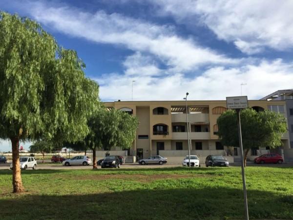 Villa in vendita a Cavallino, Castromediano, Con giardino, 95 mq