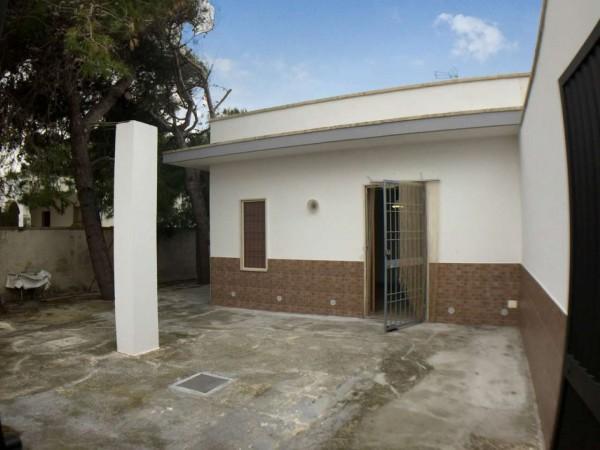 Villa in vendita a Lecce, Spiaggiabella Mare, Arredato, con giardino, 75 mq