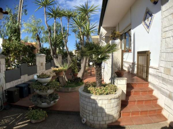 Villa in vendita a Lecce, C/o Via Monteroni, Con giardino, 190 mq