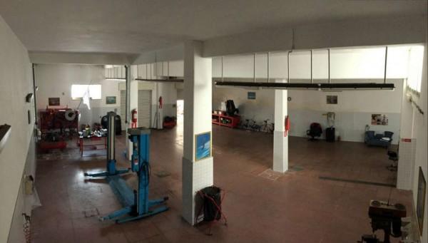 Locale Commerciale  in vendita a Lecce, Zona Rudiae, Con giardino, 320 mq - Foto 11