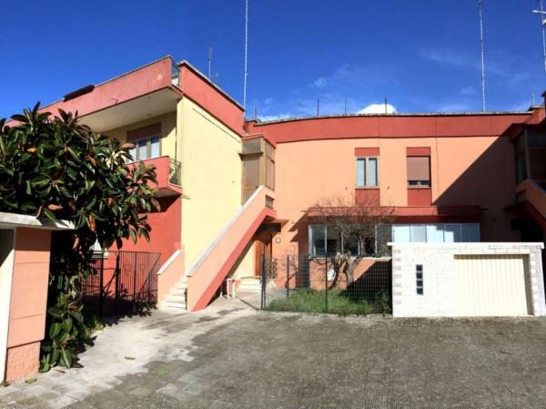Casa indipendente in vendita a Lecce, Santa Rosa, Con giardino, 100 mq
