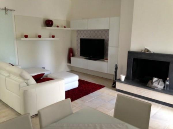Villa in vendita a Lecce, Viale Gioacchino Rossini, Arredato, con giardino, 75 mq