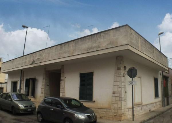 Casa indipendente in vendita a Monteroni di Lecce, Traversa Corso Umberto I, Con giardino, 150 mq