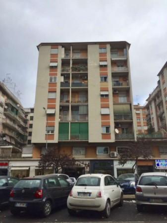 Appartamento in vendita a Roma, Tuscolana - Giulio Agricola, Con giardino, 55 mq