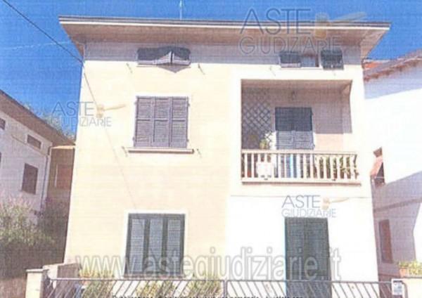 Casa indipendente in vendita a Agliana, Agliana, 130 mq