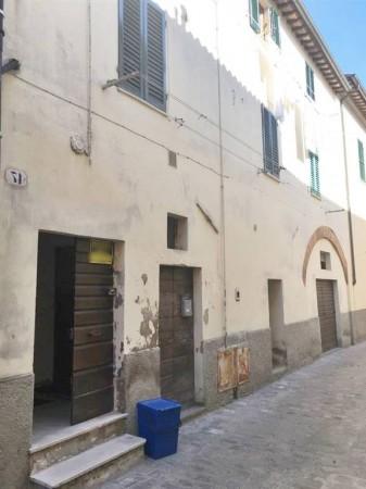 Appartamento in vendita a Città di Castello, Centro Storico, 70 mq