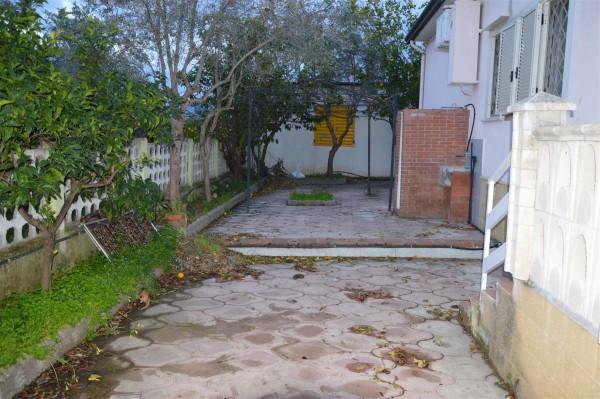 Casa indipendente in vendita a Corigliano-Rossano, Mare, Con giardino, 520 mq