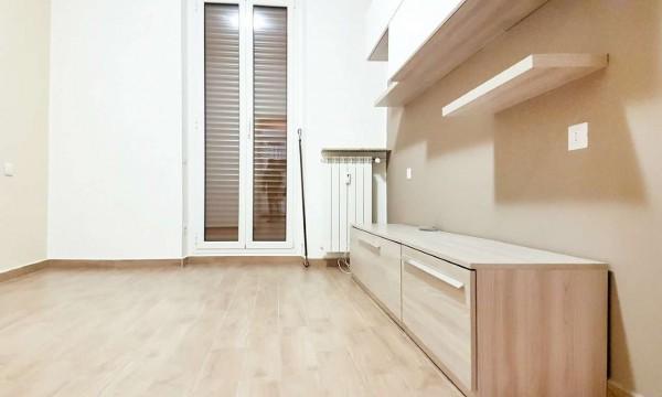 Appartamento in affitto a Milano, Bocconi, 65 mq