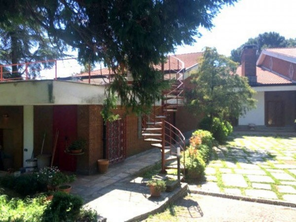 Appartamento in affitto a Moncalieri, Con giardino, 65 mq