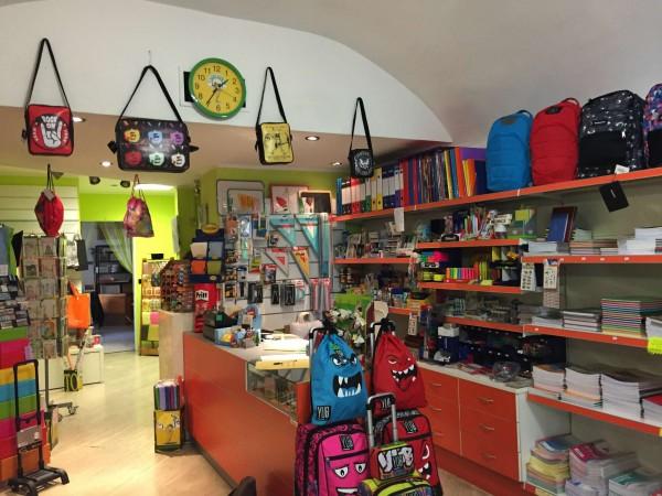 Locale Commerciale  in vendita a Torino, Arredato, 110 mq - Foto 1