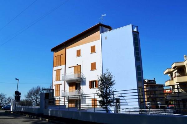 Appartamento in vendita a Viterbo, Con giardino, 67 mq - Foto 3