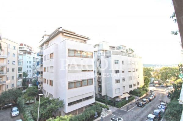 Appartamento in vendita a Roma, Monti Parioli, 190 mq