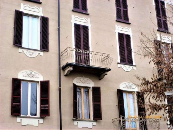 Appartamento in vendita a Moncalieri, 135 mq