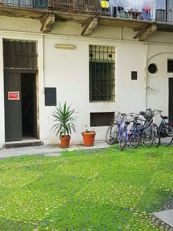Negozio in vendita a Torino, Quadrilatero Romano, 100 mq