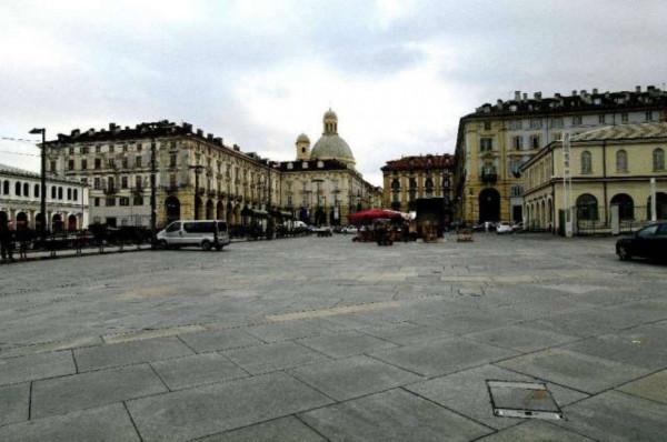 Negozio in vendita a Torino, Quadrilatero Romano, 50 mq