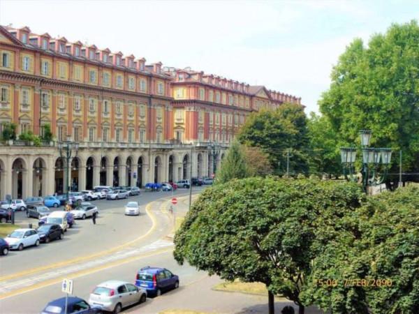 Negozio in affitto a Torino, Cittadella, 800 mq