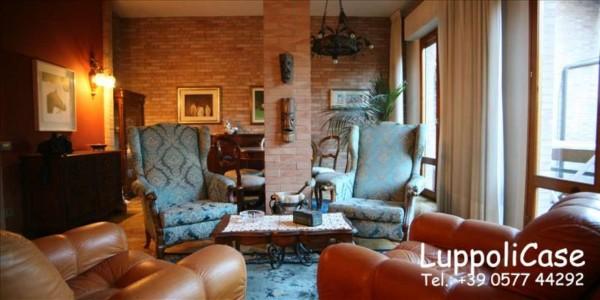 Appartamento in vendita a Siena, Con giardino, 210 mq - Foto 1