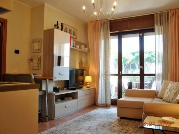 Appartamento in vendita a Roma, Infernetto, Arredato, 45 mq