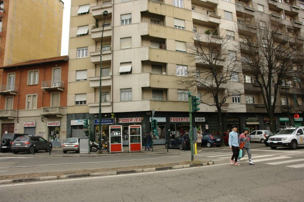 Locale Commerciale  in vendita a Torino, Largo, Arredato, 60 mq - Foto 27