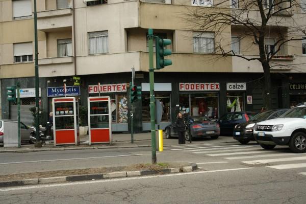 Locale Commerciale  in vendita a Torino, Largo, Arredato, 60 mq - Foto 3