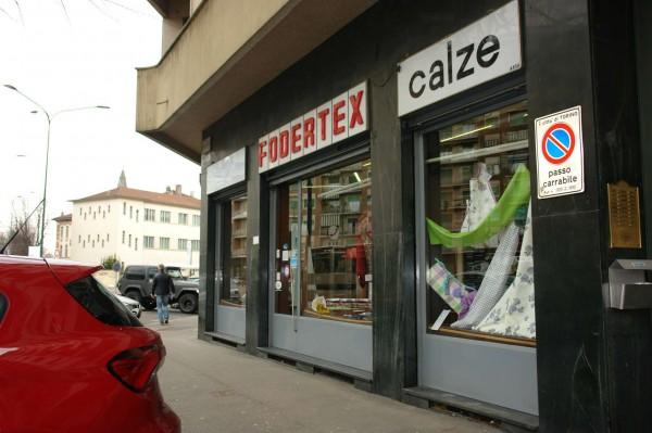 Locale Commerciale  in vendita a Torino, Largo, Arredato, 60 mq - Foto 5