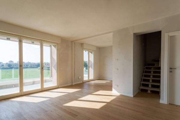 Appartamento in vendita a Cernusco sul Naviglio, Con giardino, 157 mq
