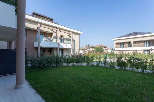Appartamento in vendita a Cernusco sul Naviglio, Con giardino, 138 mq