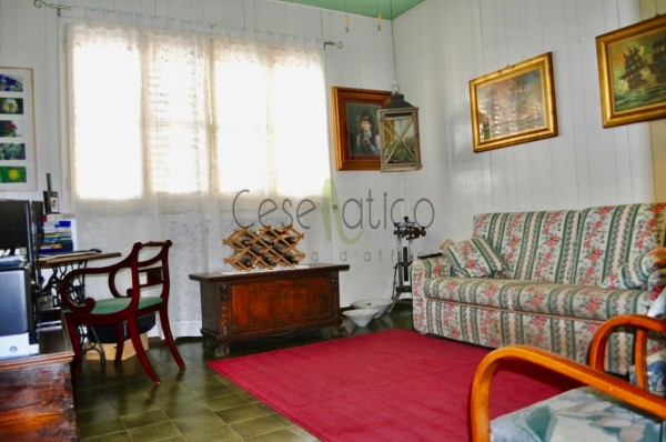 Casa indipendente in vendita a Cesenatico, Centro Storico, 140 mq - Foto 1