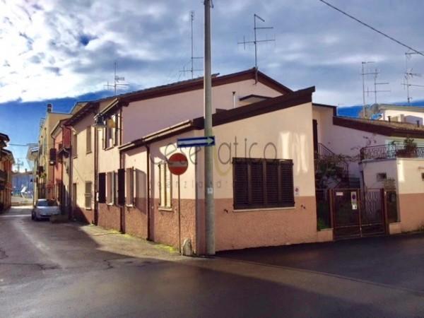 Casa indipendente in vendita a Cesenatico, Centro Storico, 140 mq - Foto 2