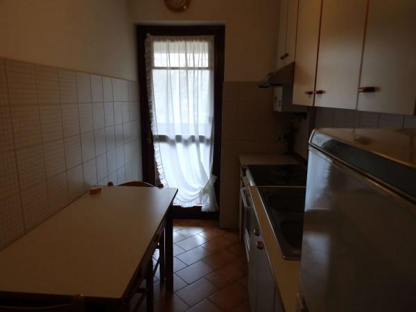 Appartamento in vendita a Carate Brianza, Centro Sportivo, 69 mq - Foto 13