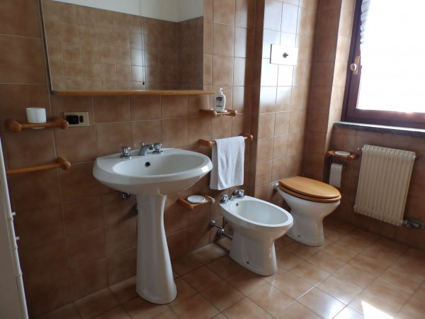Appartamento in vendita a Carate Brianza, Centro Sportivo, 69 mq - Foto 7