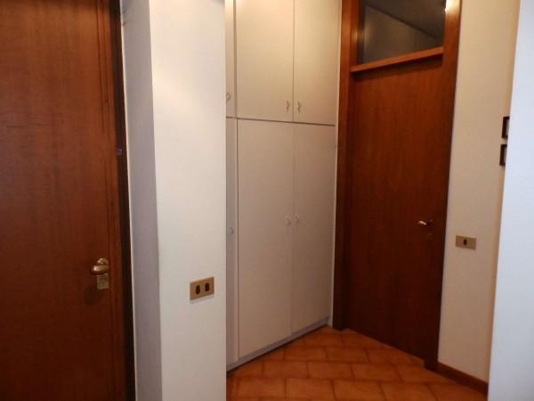 Appartamento in vendita a Carate Brianza, Centro Sportivo, 69 mq - Foto 6