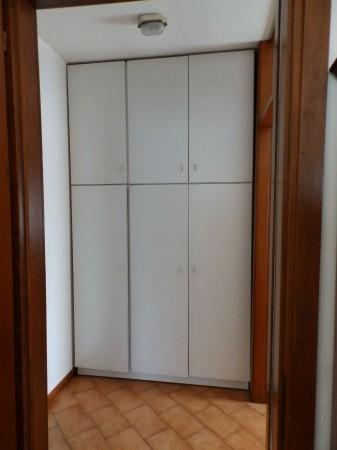 Appartamento in vendita a Carate Brianza, Centro Sportivo, 69 mq - Foto 11