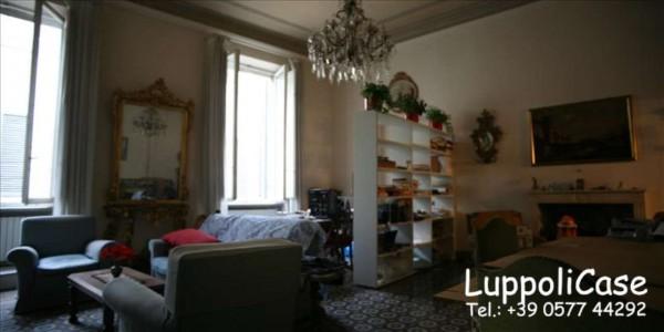 Appartamento in vendita a Siena, 170 mq