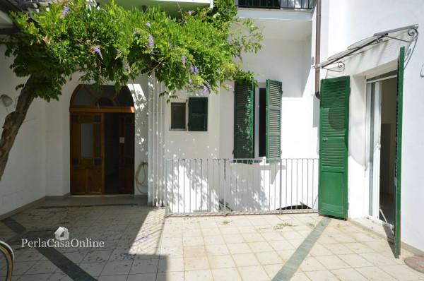 Appartamento in vendita a Forlì, Centro Storico, Arredato, con giardino, 50 mq