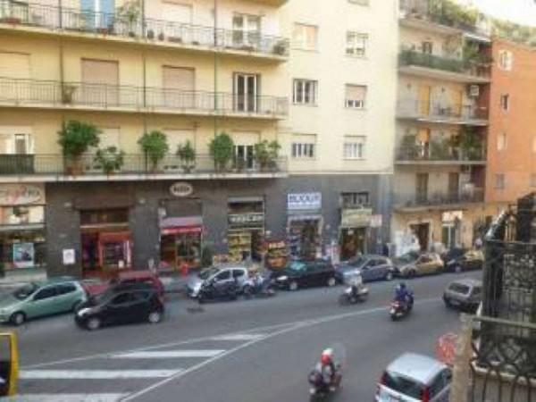 Appartamento in vendita a Napoli, 90 mq