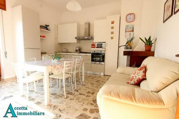 Appartamento in vendita a Taranto, Residenziale, Con giardino, 100 mq