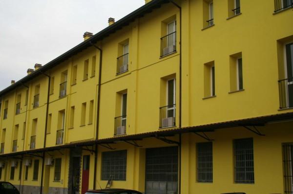 Appartamento in affitto a Lentate sul Seveso, Camnago Stazione Fs E Fnm, Arredato, con giardino, 50 mq