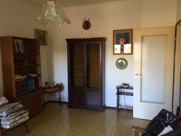 Appartamento in vendita a Cittiglio, Con giardino, 80 mq