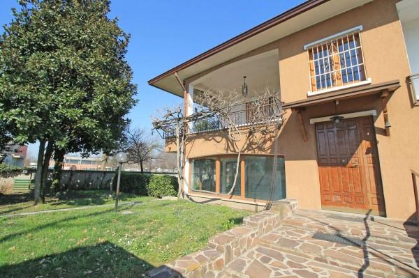 Villa in vendita a Pozzuolo Martesana, Scuole, Con giardino, 251 mq