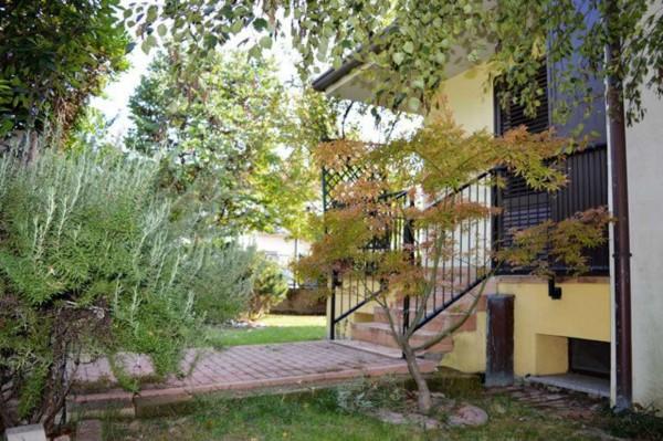Villetta a schiera in vendita a Forlì, Con giardino, 158 mq - Foto 2