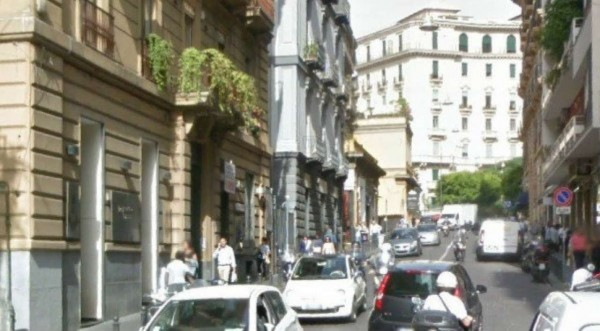 Negozio in vendita a Napoli, 40 mq