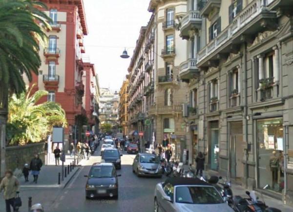 Negozio in vendita a Napoli, 40 mq - Foto 2