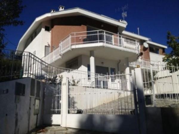 Villa in vendita a Moncalieri, Collina, Con giardino, 190 mq