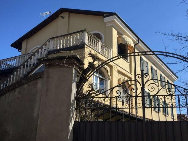 Villa in vendita a Trofarello, Con giardino, 220 mq