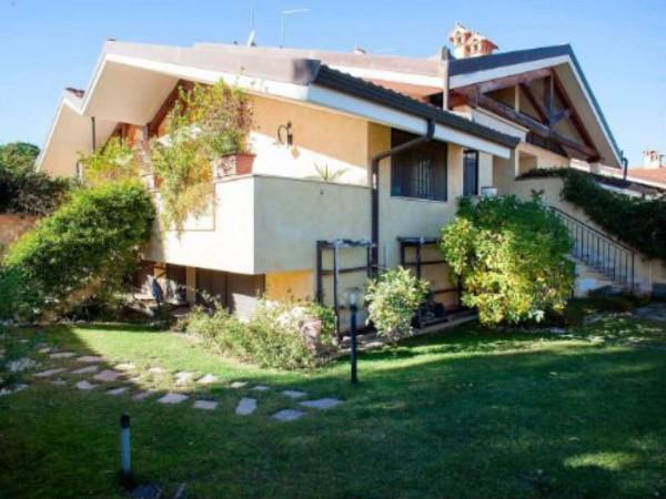 Villa in vendita a Roma, Con giardino, 200 mq