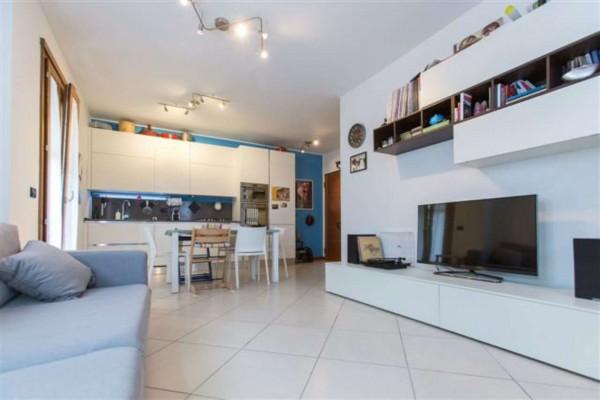 Appartamento in vendita a Padova, Con giardino, 85 mq